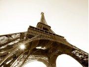 Vliesová fototapeta Eiffelova věž FTNS-2476, rozměry 360 x 270 cm Fototapety vliesové - Vliesové fototapety AG