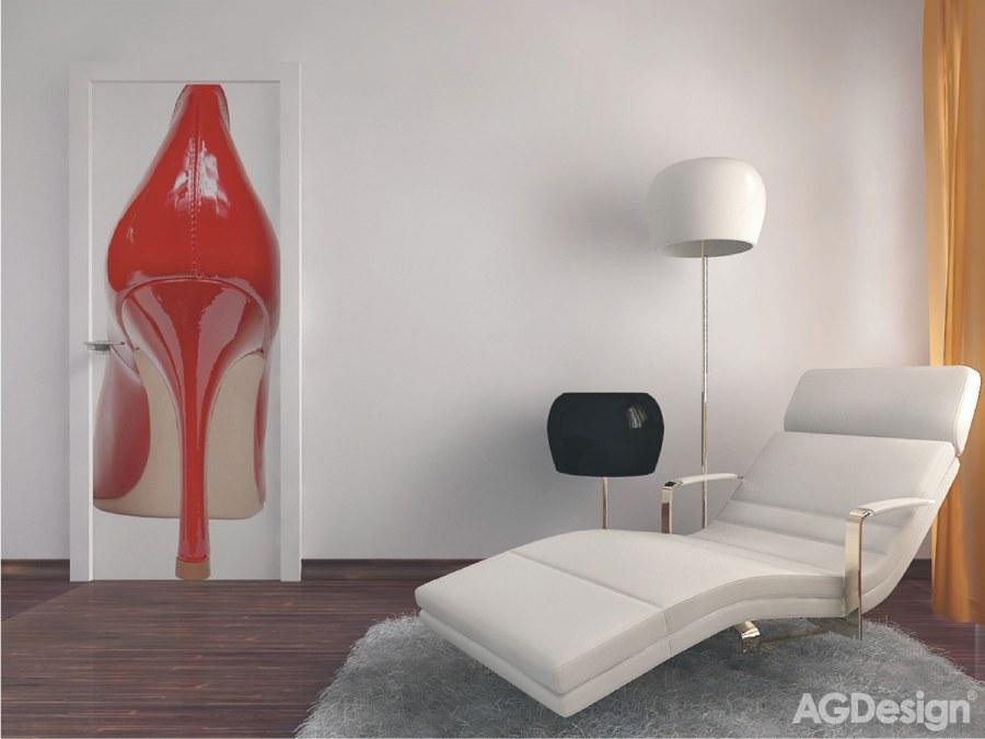 Vliesová fototapeta Red shoe FTNV-2814 | 90x202 cm - Vliesové fototapety AG